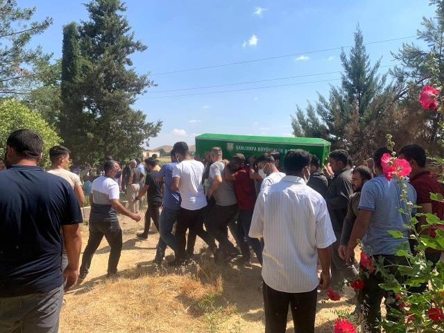 Kazada ölen kardeşler ağıtlarla defnedildi